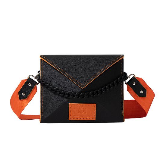 noshi in street nero leather