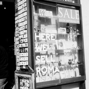 Boutique de souvenirs, Rome, été 2018