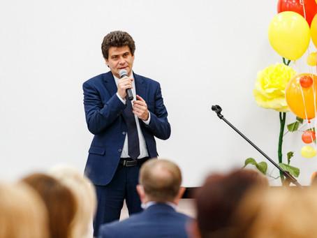Александр Высокинский открыл обновленную школу в Орджоникидзевском районе
