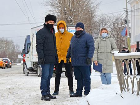 Роман Кравченко провел плановый объезд Орджоникидзевского района