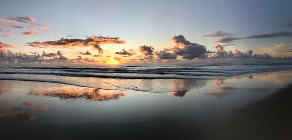 Sunrise Brunswick Heads Beach