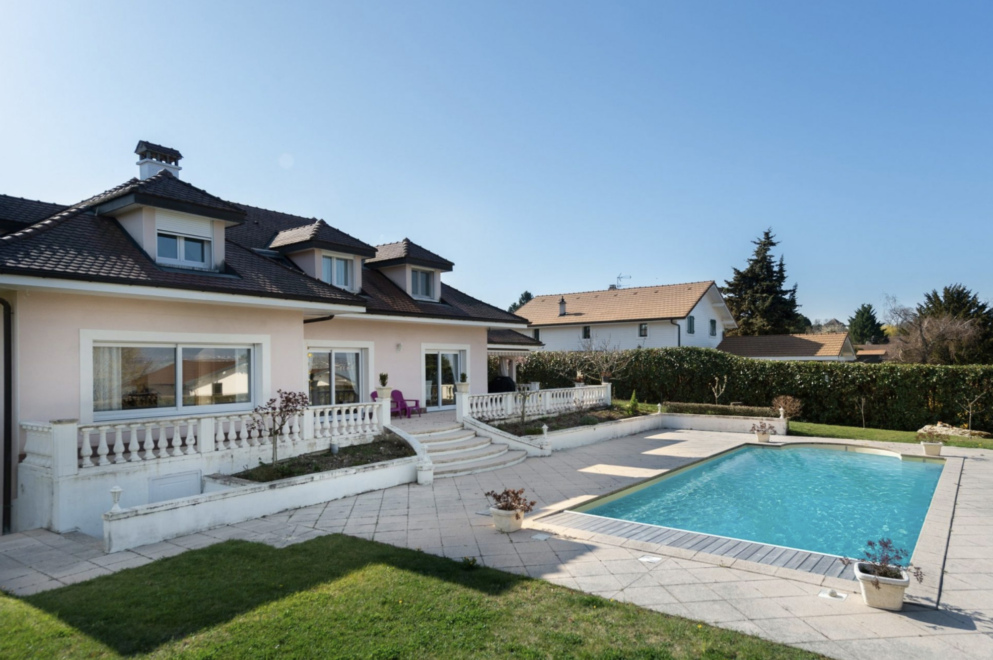 Luxury villa for sale in Chens sur Leman Lake Geneva