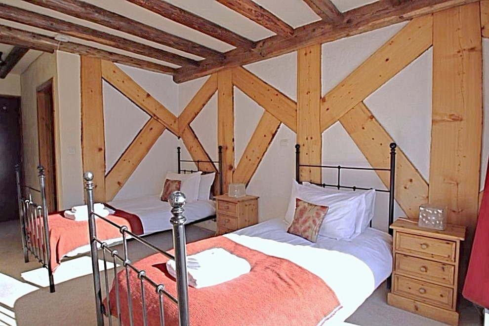 Купить гостиницу во Франции Морзин