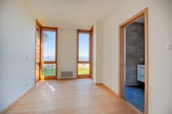 квартира с красивым видом на женевское озеро эвиан