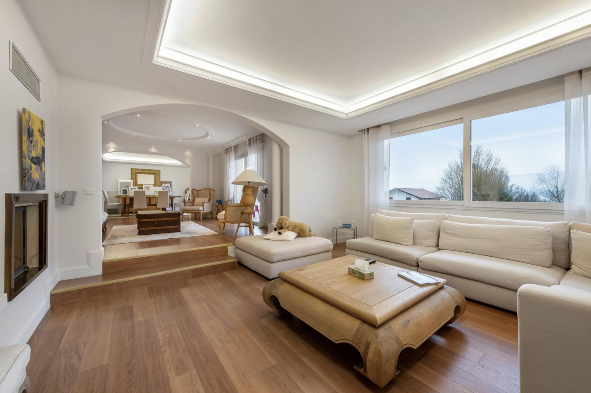 Real Estate with Lake View in Chens sur Leman Lake Geneva