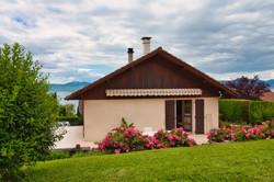 агент недвижимости женевское озеро верхняя савойя