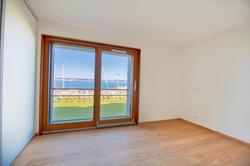 квартира с красивым панорамным видом на женевское озеро