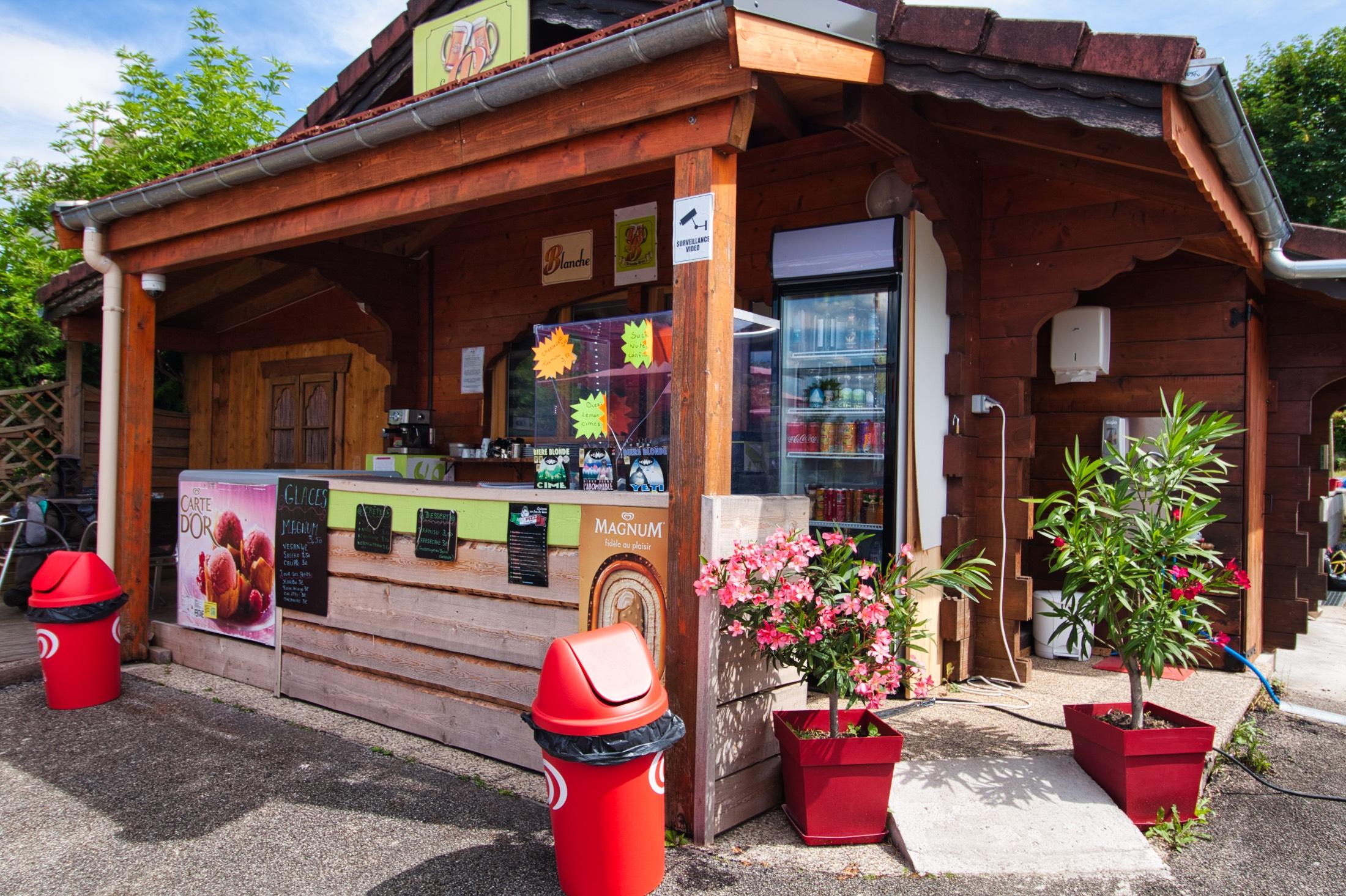 vente local commercial neuvecelle evian lac leman