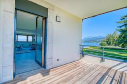 недвижимость первая линия женевское озера эвиан