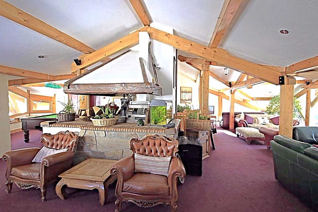 Купить отель во Франции Альпы