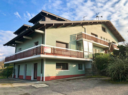 Real estate for sale in Thonon on Lake Geneva - large house with several apartments close to lake