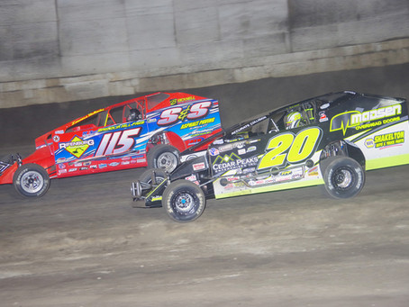 The Super DIRTcar Series Caps Off Lebanon Valley's Modified Season