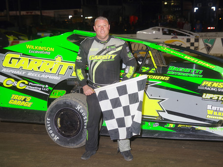 Andy Bachetti Doubles Up On Opening Night