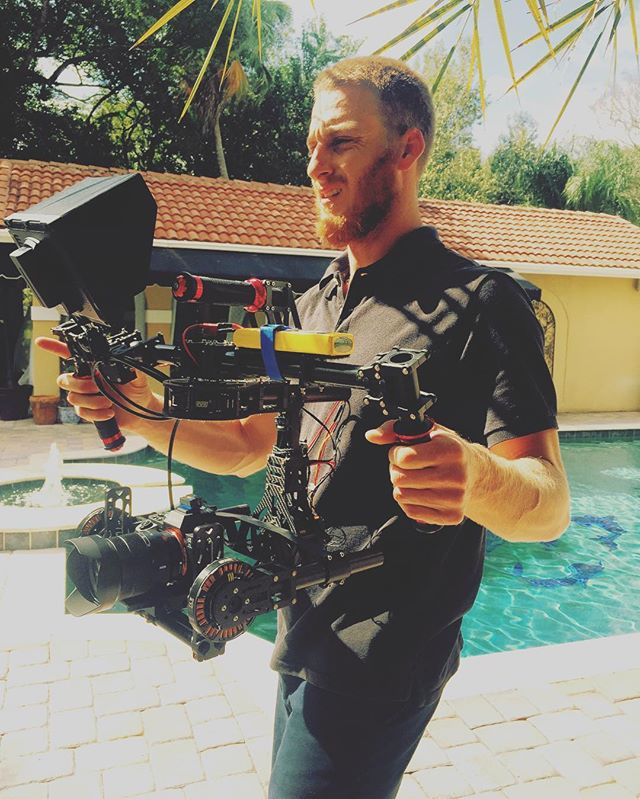_chriszone220 working the gimbal! _liquidsunshinecreations #firetainment 📽☀️