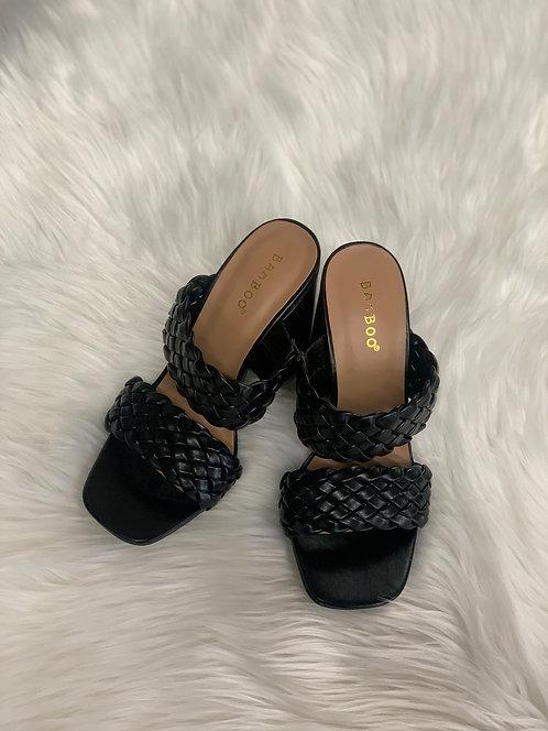 Double braided strap heel