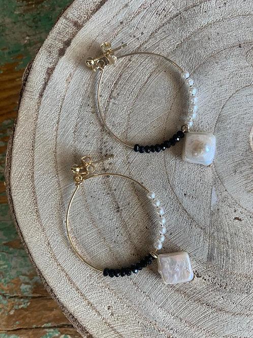 Hoop with pearl drop