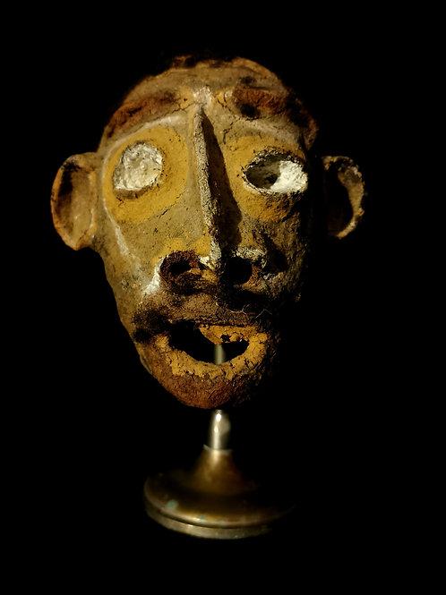 Crâne  surmodelé du Vanuatu.