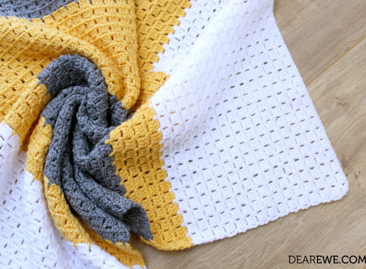 Free Crochet Pattern | Don't Box Me In Blanket