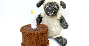 Free Crochet Pattern | Cake for Ewe