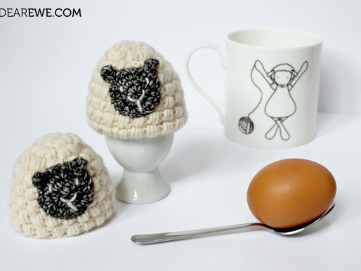 Free Crochet Pattern | Eggs for Ewe Egg Cosy