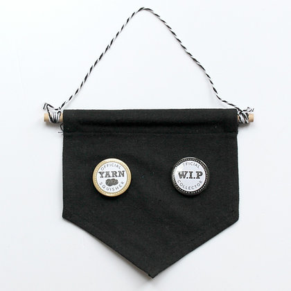 Small Badge and Pin Display Pennant