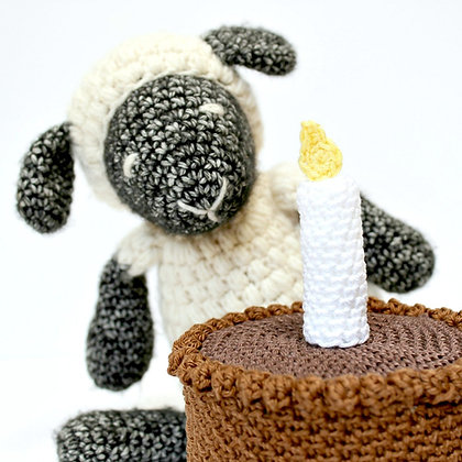 Crochet Pattern | Cake for Ewe US Version