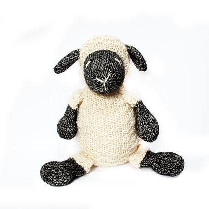 Knitting Pattern | Knitted Little Ewe