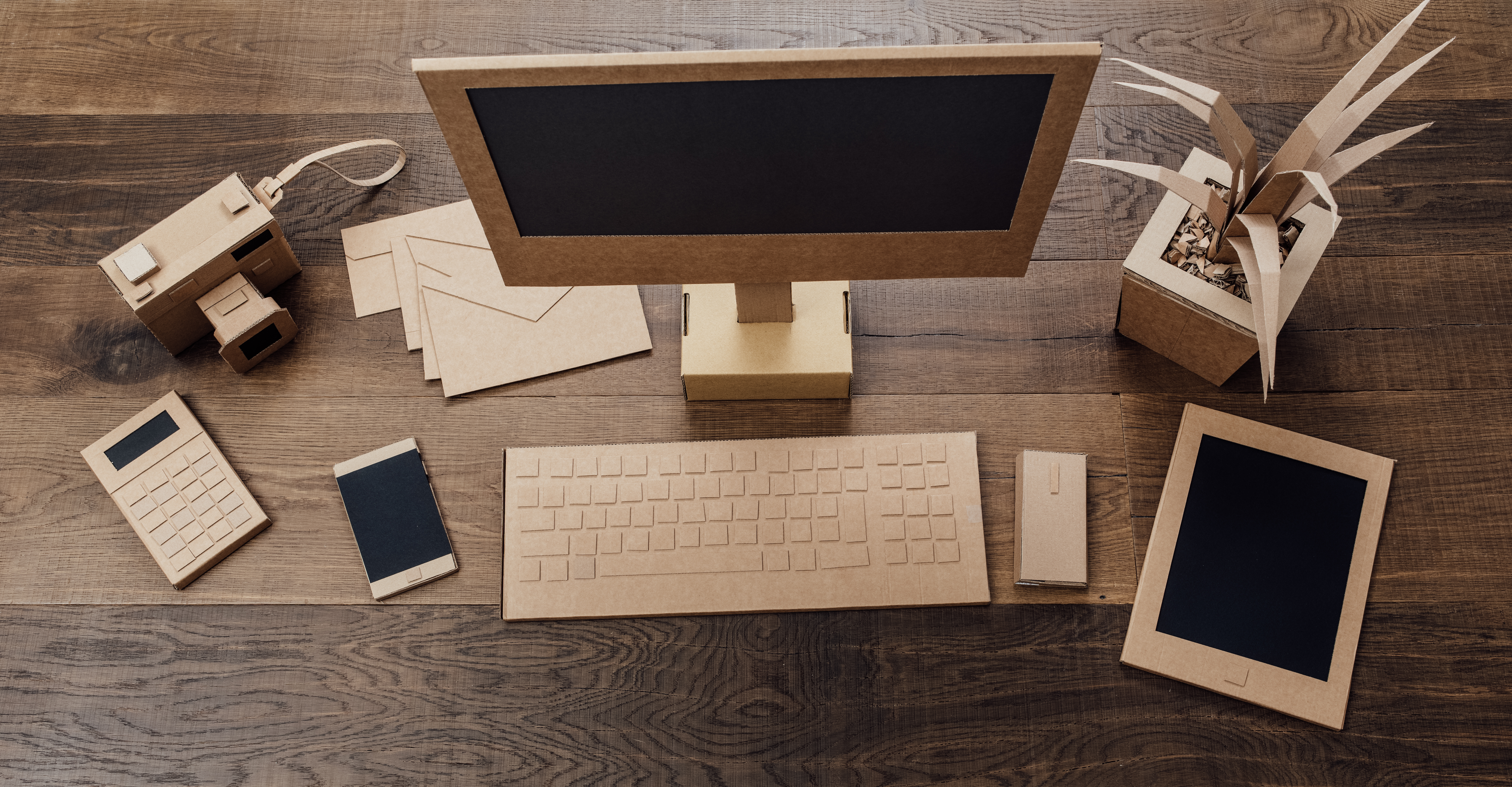 creative-eco-friendly-cardboard-office-P