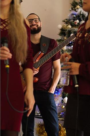Clément le bassiste
