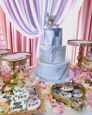 Fondant marble cake