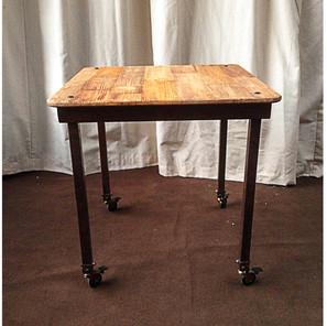 mesa carpa diem y detalles oxido