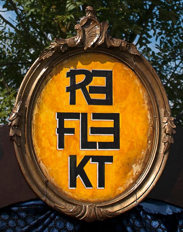 Reflekt's Sign
