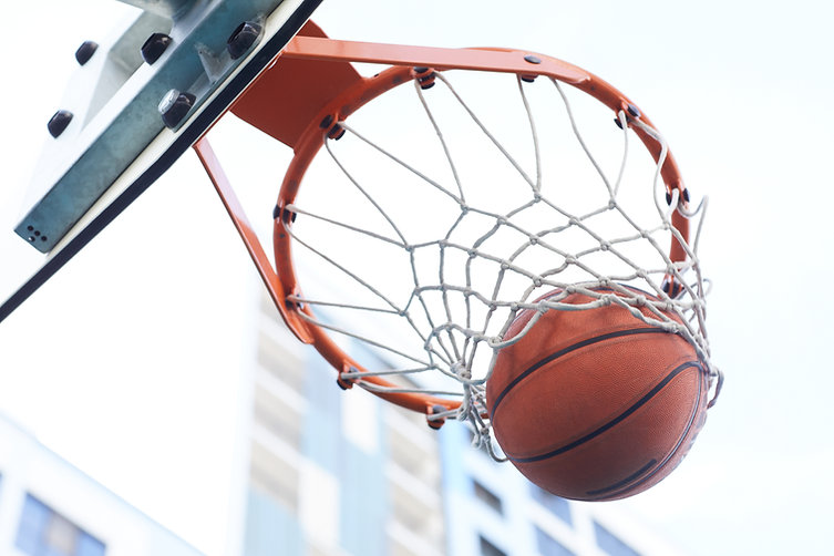 Basketball-hoop-closeup-551723.jpg