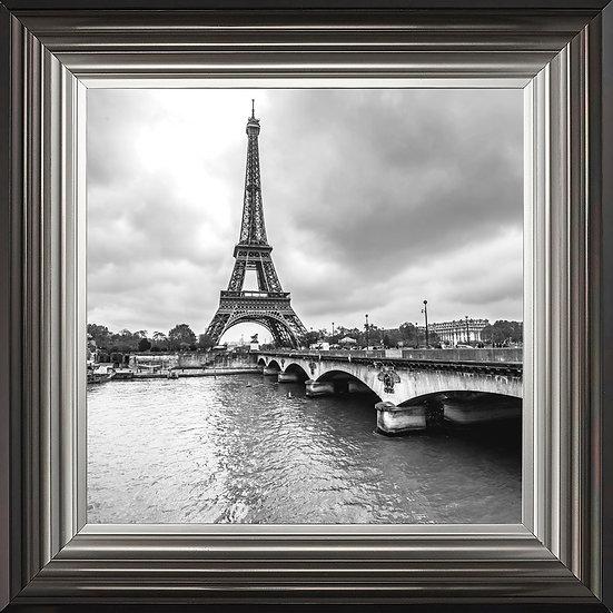 Retro Eiffel Tower in Black & White