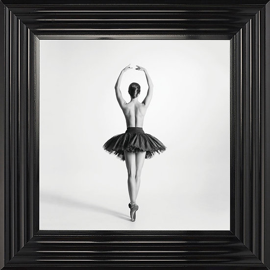 The Pirouette in Black and White