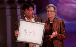 Traductor mexicano del maya recibe premio Italia Morayta