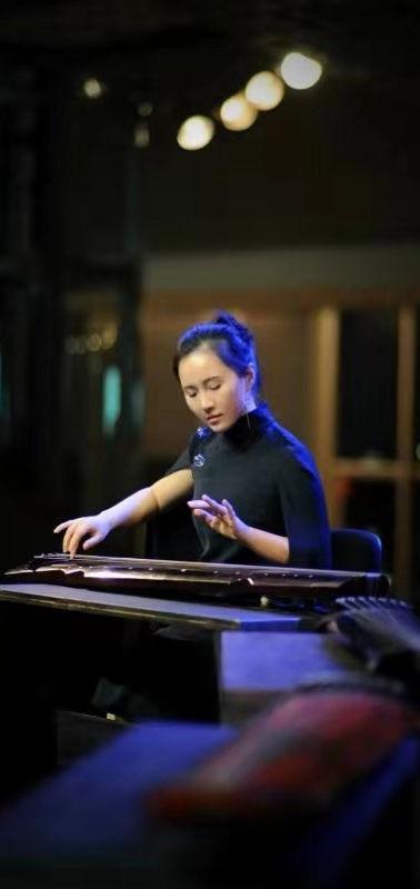 7.3.1 Performer 1 - 《三国演艺》 - Guqin 古琴 -