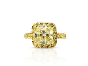 そもそも婚約指輪って?