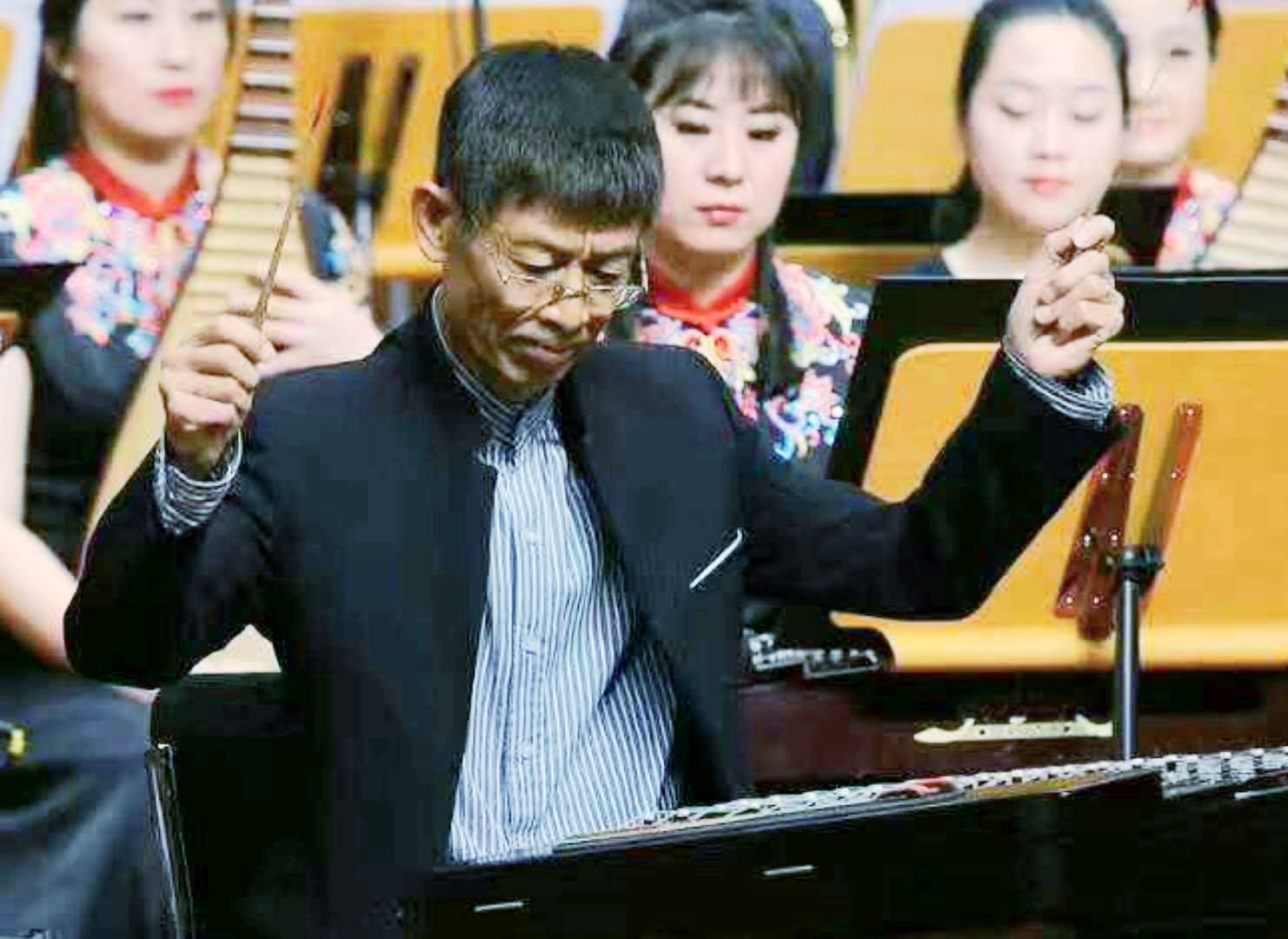 18-魏砚铭协会主席照片.jpg