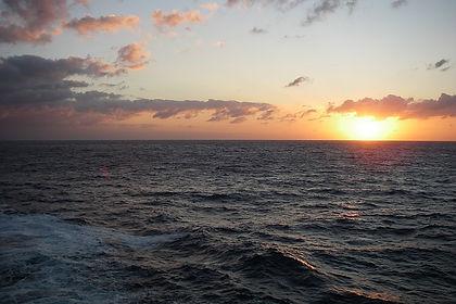 sunset-401336_640-1.jpg