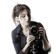 Headshot of Sabrina Casas. Professional Photographer.