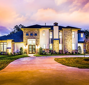 Architectural photography for builders. Applicable to custom homes, inventory homes and spec homes.