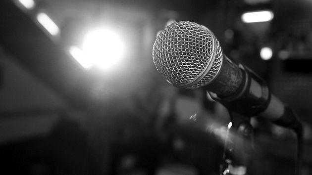 microphone-3989881_edited.jpg