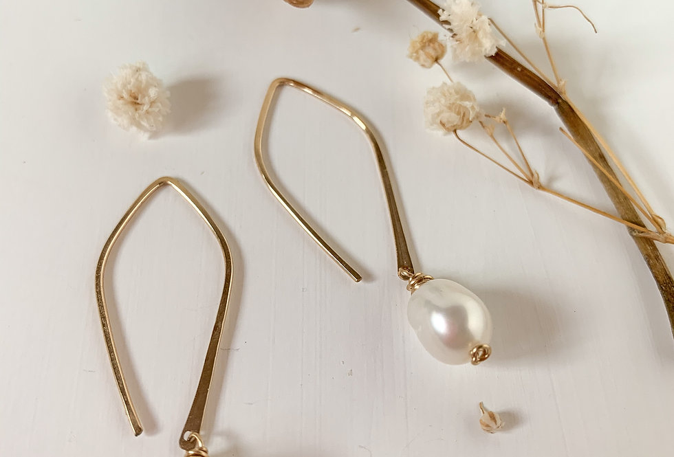 Pearl Drop Hook Earrings