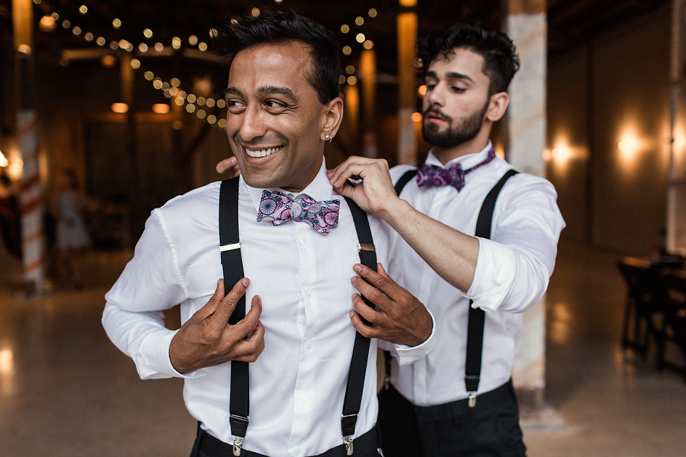what to expect at a wedding attire fitting