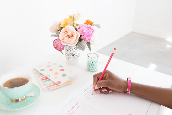 haute-stock-photography-brights-workday-