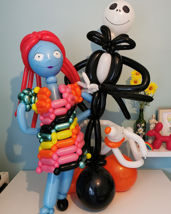 Balloon centrepieces can be made to any theme!