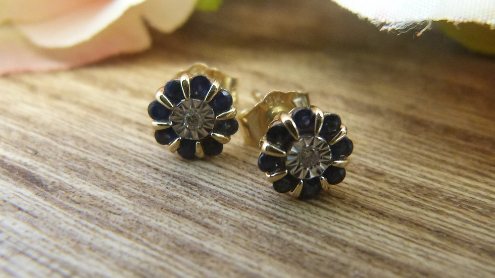 9ct Yellow Gold Sapphire & Diamond Earstuds