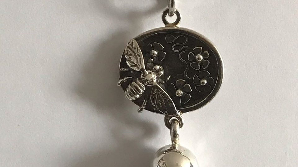 Silver Bee & Flower Necklace.