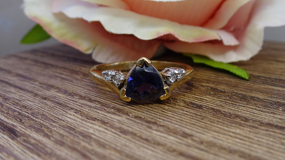 9ct Yellow Gold Trilliant Cut Iolite & Diamond Ring
